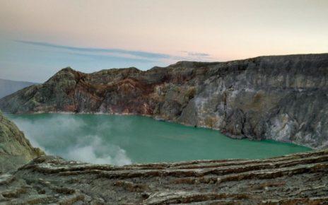 Wisata Gunung dengan Fasilitas Penunjang Terlengkap
