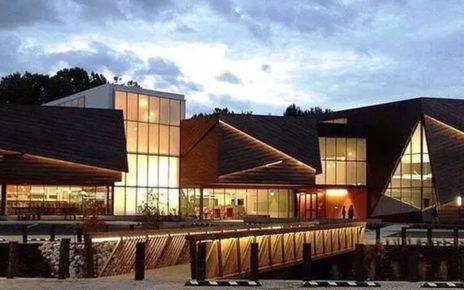 4 Perpustakaan dengan Desain Terbaik di Dunia versi Home and Decor