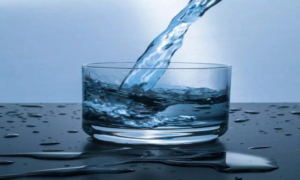 Puasa Minum Air Putih Setahun, Wanita Ini Klaim Tubuhnya Jadi Sehat