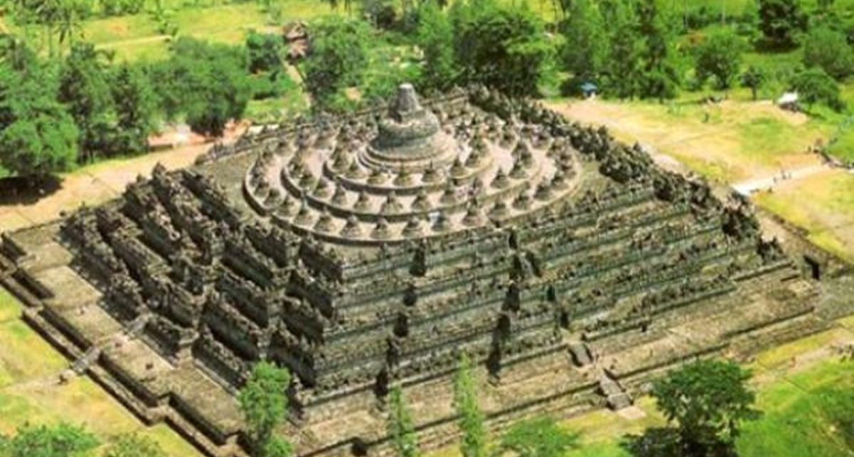 10 Tempat Wisata di Jawa Tengah Paling Populer, dari Alam hingga Budaya