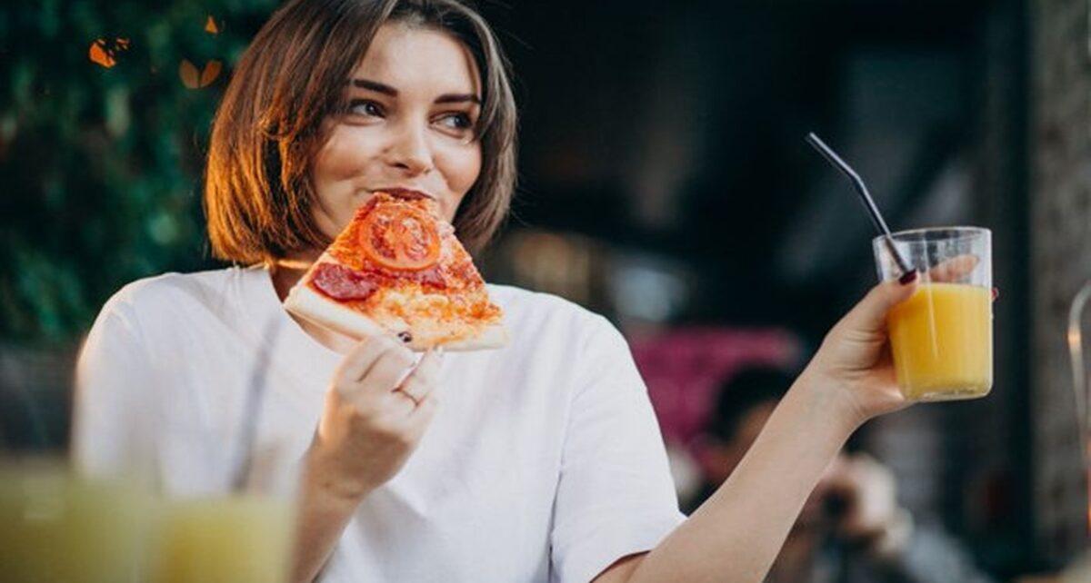 Orang yang Makan Terlalu Cepat Lebih Mudah Gemuk
